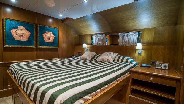 arktos motor sailer cabins (15) min -  Valef Yachts Chartering - 2282