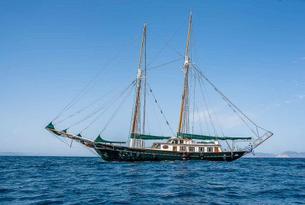 arktos motor sailer profile (2) min -  Valef Yachts Chartering - 2243