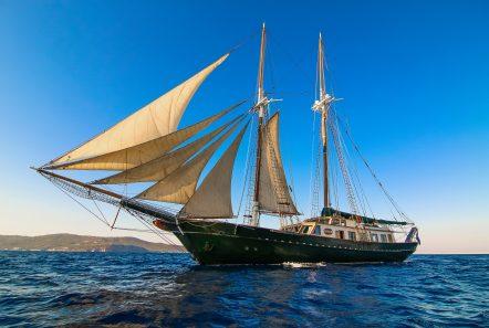arktos motor sailer sailing (23) min -  Valef Yachts Chartering - 2230