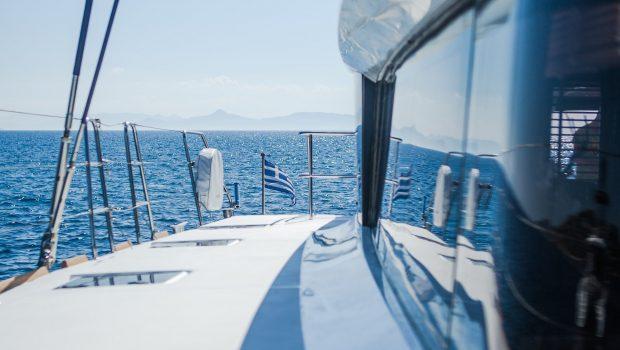 carpe diem catamaran  (83) min -  Valef Yachts Chartering - 2071