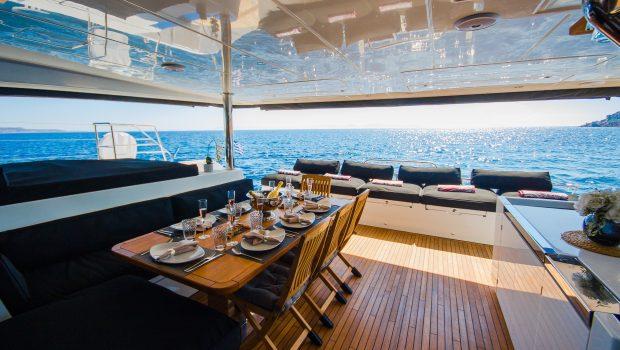 carpe diem catamaran aft deck1 (7) min -  Valef Yachts Chartering - 2061