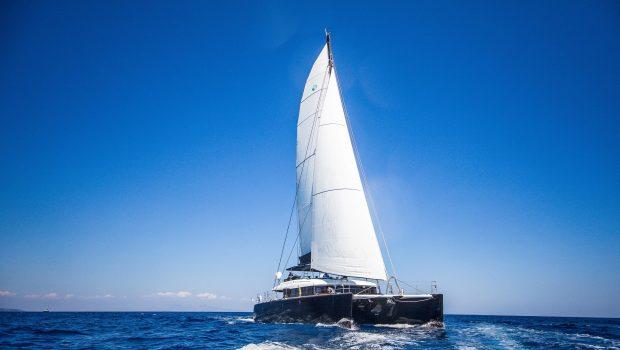 carpe diem catamaran exteriors (1) min -  Valef Yachts Chartering - 2035