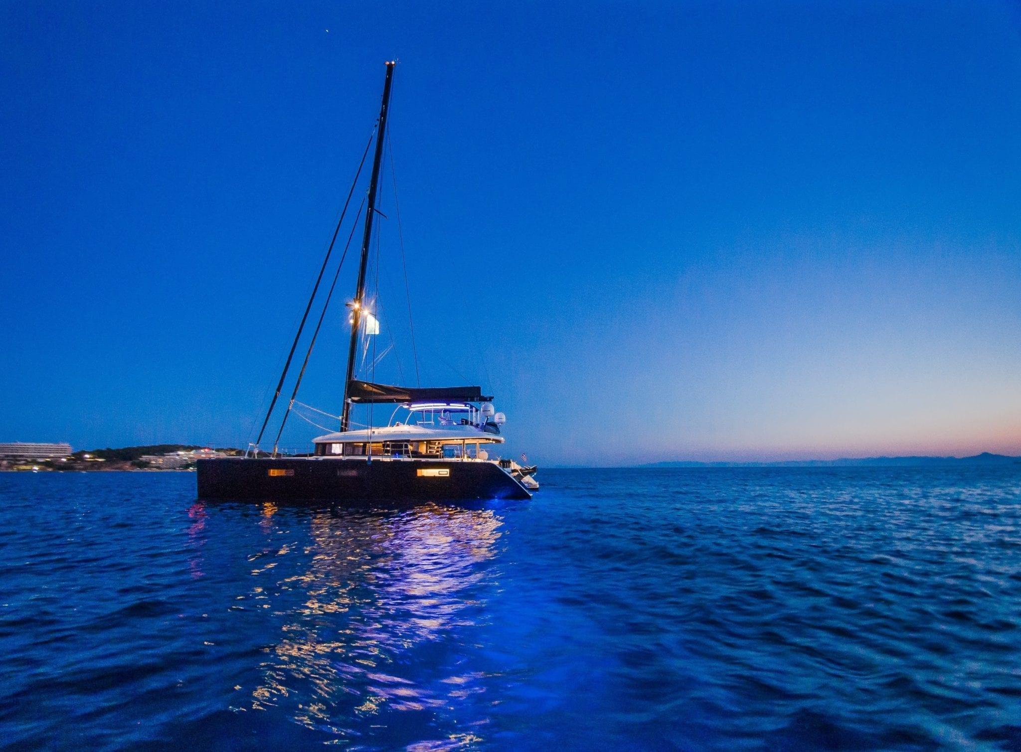 carpe diem catamaran exteriors (9) min -  Valef Yachts Chartering - 2029