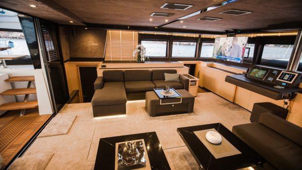 carpe diem catamaran salon1 (2) min -  Valef Yachts Chartering - 2022