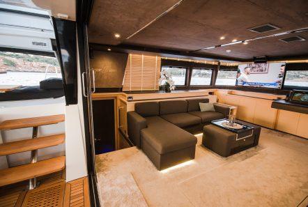 carpe diem catamaran salon1 (9) min -  Valef Yachts Chartering - 2017