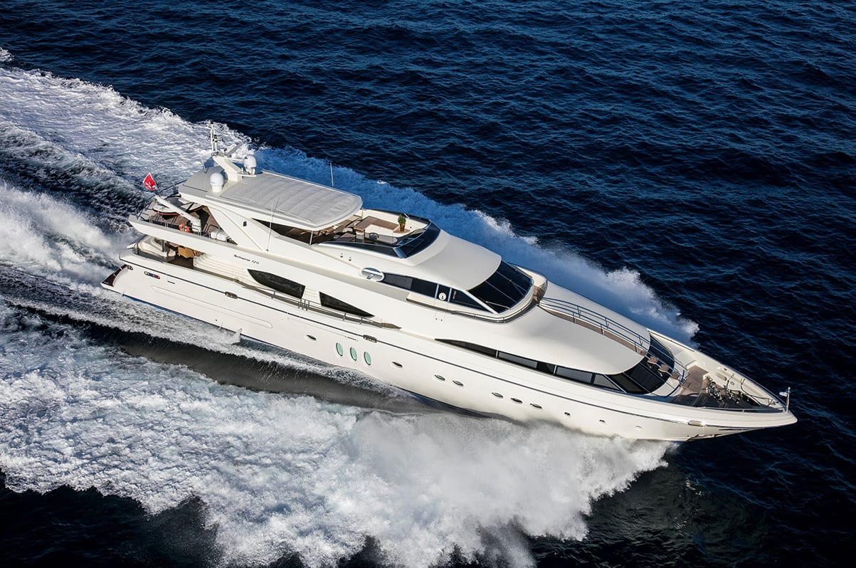 customer centric approach min scrop 01 -  Valef Yachts Chartering - 2404