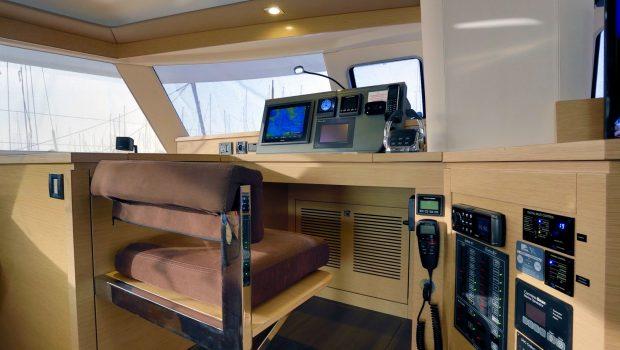 highjinks catamaran captain -  Valef Yachts Chartering - 2437