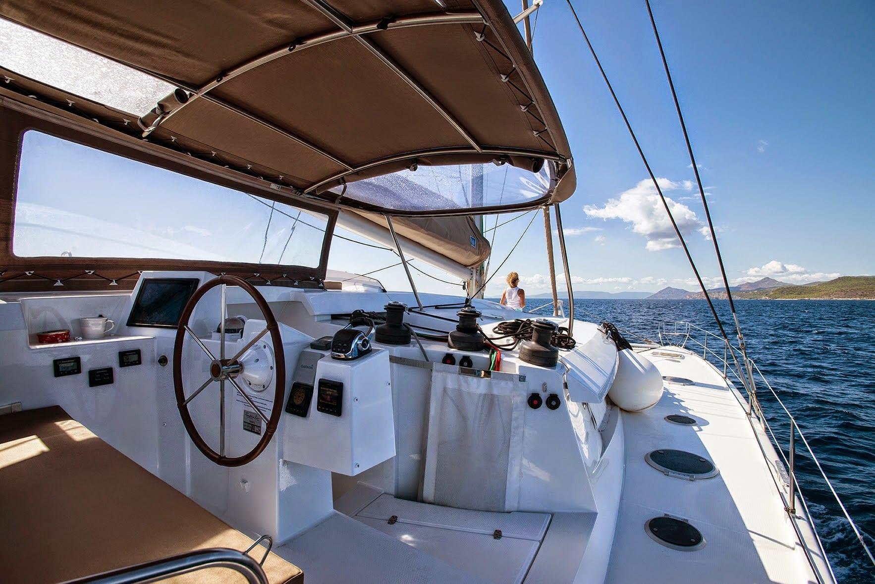 highjinks catamaran deck (2) -  Valef Yachts Chartering - 2432