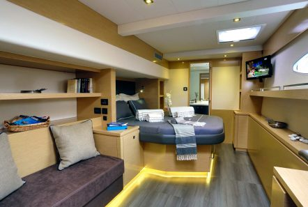 highjinks catamaran owners suite (2) -  Valef Yachts Chartering - 2415