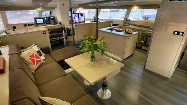 highjinks catamaran salon (1) -  Valef Yachts Chartering - 2433