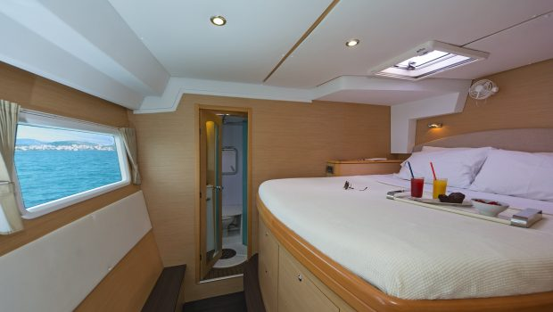 idea catamaran cabins and baths (7) min -  Valef Yachts Chartering - 1859