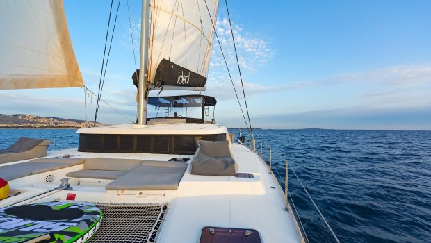 idea catamaran deck (3) min -  Valef Yachts Chartering - 1854