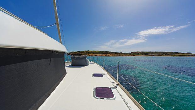 idea catamaran deck (6) min -  Valef Yachts Chartering - 1851