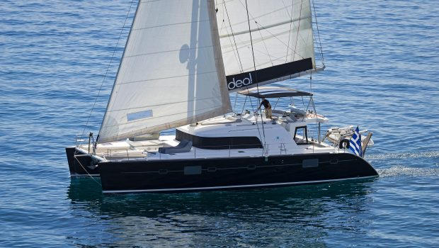 idea catamaran profile (10) min -  Valef Yachts Chartering - 1839