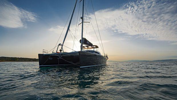 idea catamaran profile (3) min -  Valef Yachts Chartering - 1846