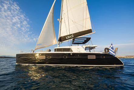 idea catamaran profile (4) min -  Valef Yachts Chartering - 1845