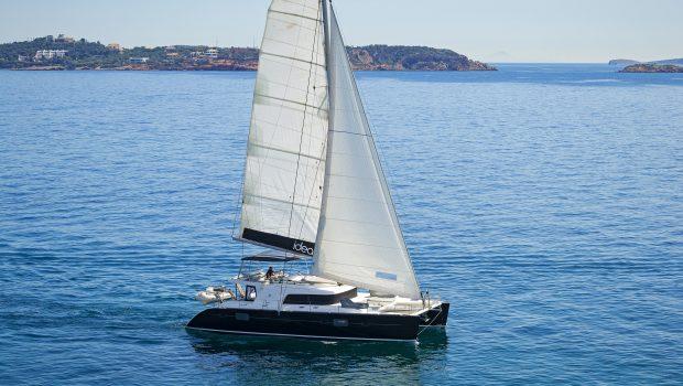 idea catamaran profile (9) min -  Valef Yachts Chartering - 1840