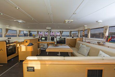 idea catamaran salon (1) min -  Valef Yachts Chartering - 1836