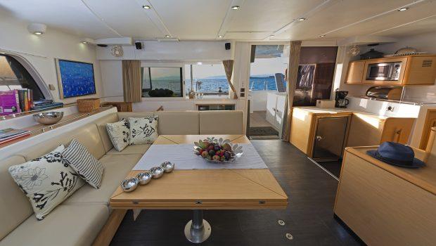 idea catamaran salon (2) min -  Valef Yachts Chartering - 1835