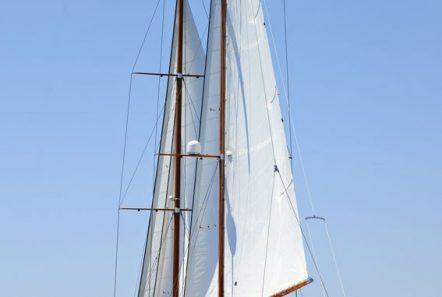 iraklis l motor sailer exterior (3) min -  Valef Yachts Chartering - 1776