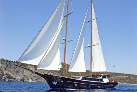 iraklis l motor sailer exterior (4) min -  Valef Yachts Chartering - 1775