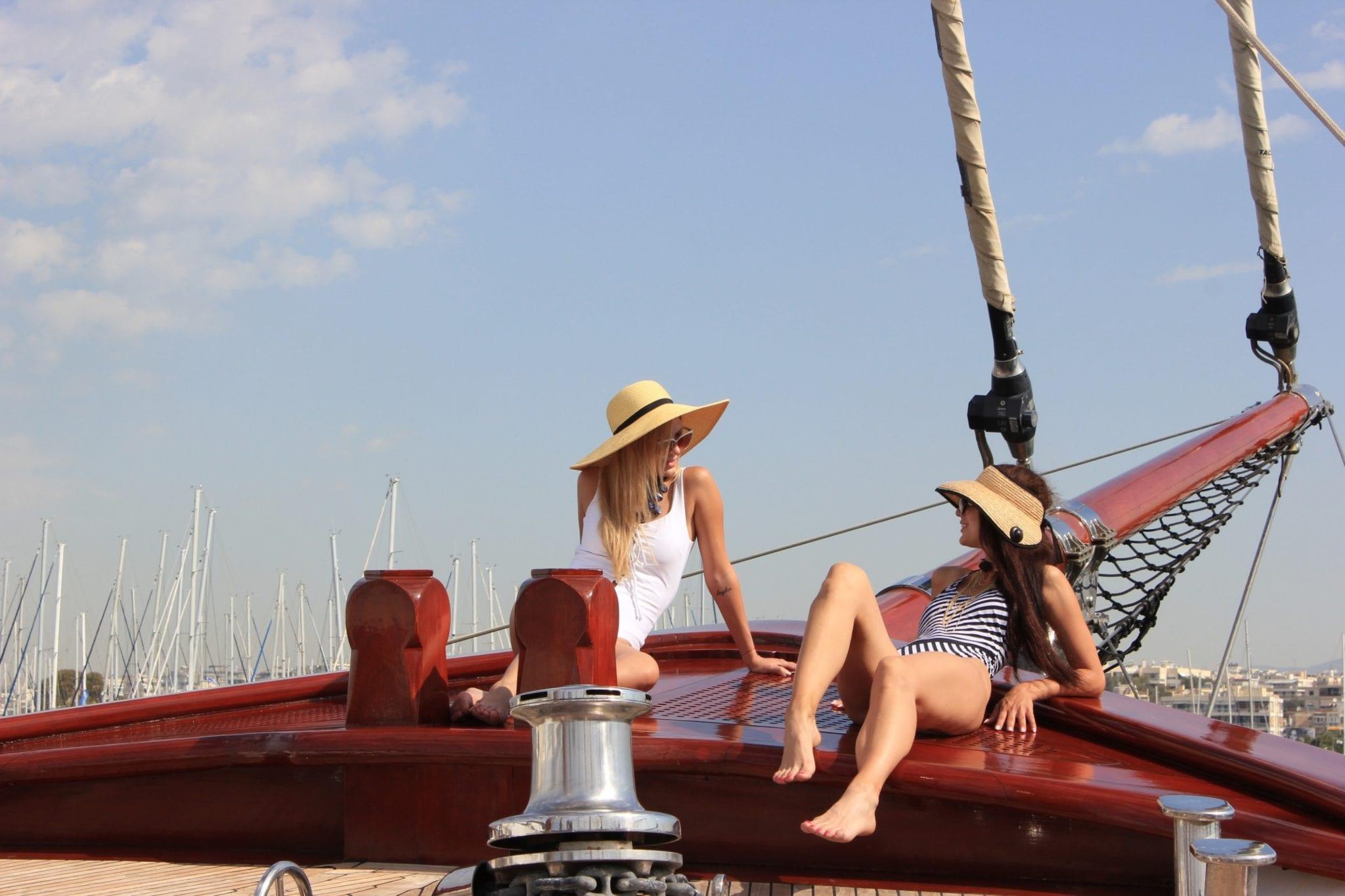 iraklis l motor sailer fore (3) min -  Valef Yachts Chartering - 1766