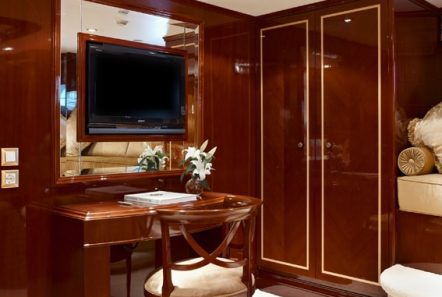 iraklis l motor sailer staterooms (6) min -  Valef Yachts Chartering - 1796