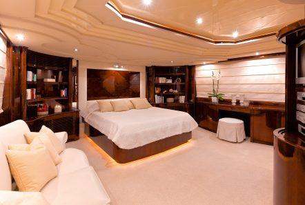 let it be motor yacht master min -  Valef Yachts Chartering - 2495