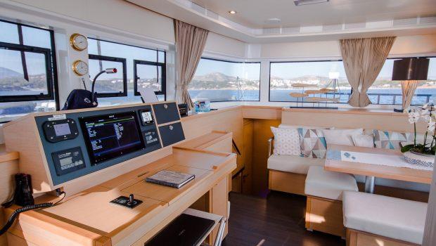 lucky clover catamaran salon (8) -  Valef Yachts Chartering - 2467