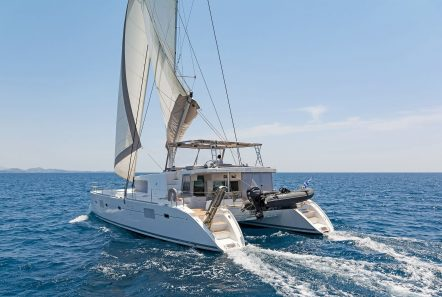 mystique catamaran  profile (3) min -  Valef Yachts Chartering - 1877