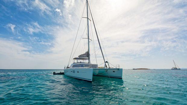 mystique catamaran  profile (5) min -  Valef Yachts Chartering - 1875