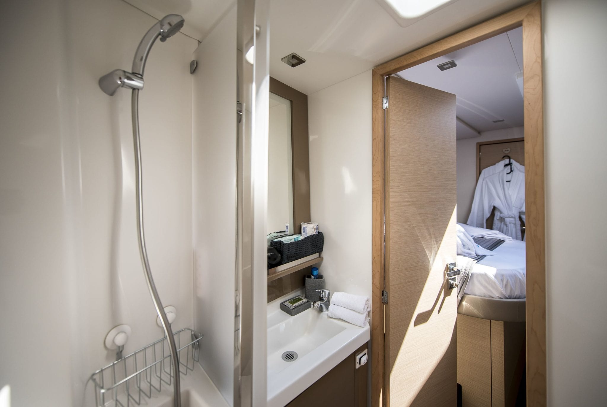 sea energy v catamaran baths (2) -  Valef Yachts Chartering - 2081