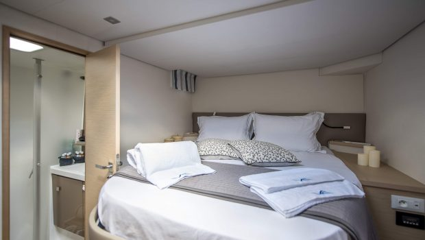 sea energy v catamaran cabins (8) -  Valef Yachts Chartering - 2113