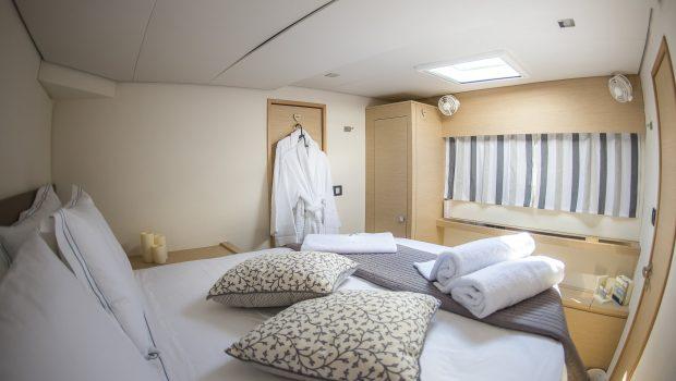 sea energy v catamaran cabins (9) -  Valef Yachts Chartering - 2112