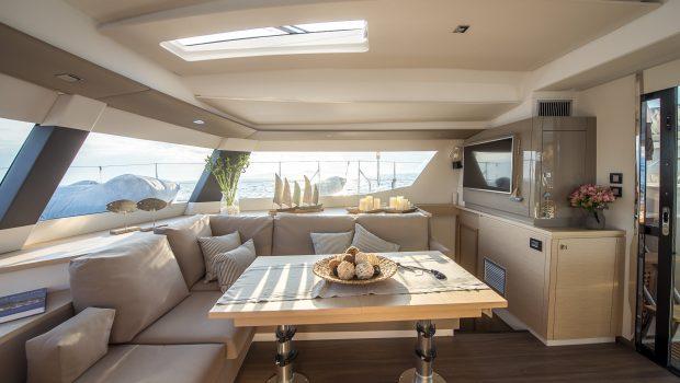 sea energy v catamaran salon (4) -  Valef Yachts Chartering - 2099