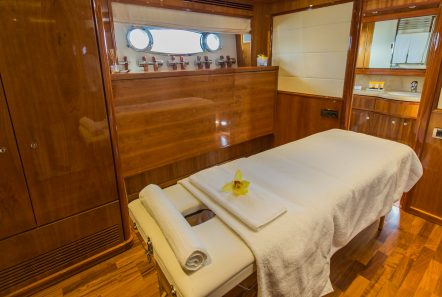tacos of the sea motor yacht masseuse -  Valef Yachts Chartering - 2005