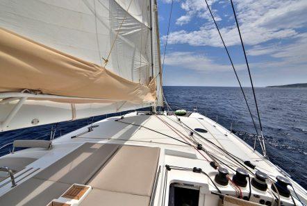 worlds end catamaran decks (6) min -  Valef Yachts Chartering - 2154