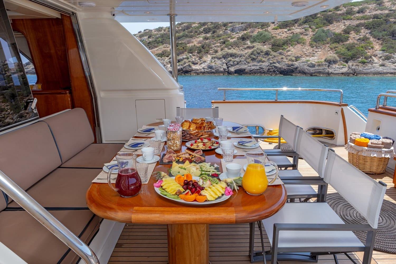 efmaria motor yacht aft diningjpg (2) -  Valef Yachts Chartering - 1508