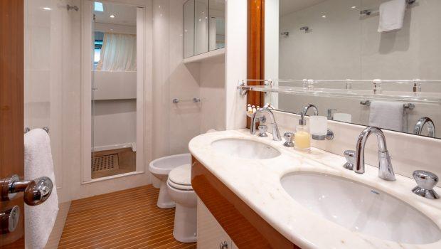 efmaria motor yacht bathroom min -  Valef Yachts Chartering - 1503