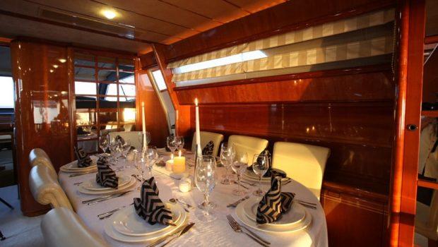 kentavros ii motor yacht dining 2 min -  Valef Yachts Chartering - 1561