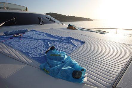 kentavros ii motor yacht fore lounge min -  Valef Yachts Chartering - 1556