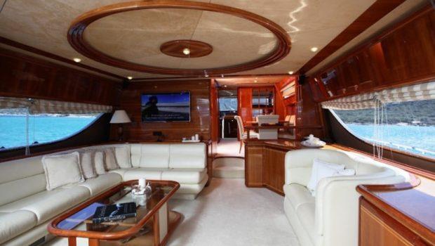 kentavros ii motor yacht salon (1) min -  Valef Yachts Chartering - 1578
