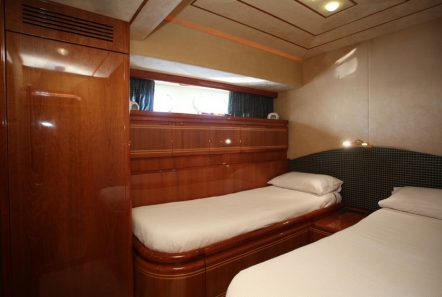 kentavros ii motor yacht twins (1) min -  Valef Yachts Chartering - 1572
