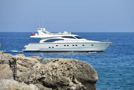 mary motor yacht cruising (5) min -  Valef Yachts Chartering - 1461