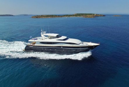 sugar motor yacht .profile -  Valef Yachts Chartering - 1534
