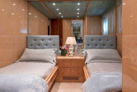 sugar motor yacht twin cabin min -  Valef Yachts Chartering - 1536