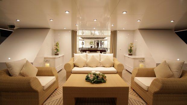 vera motor yacht aft deck min -  Valef Yachts Chartering - 1483
