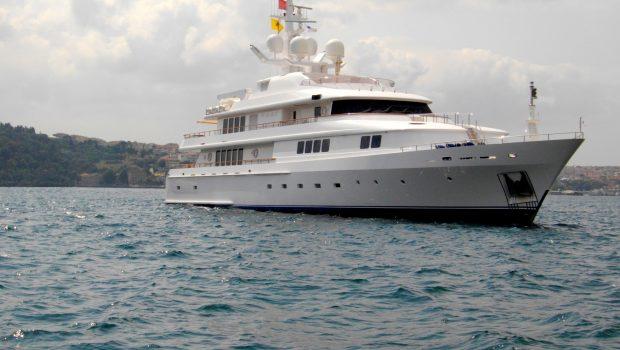 vera motor yacht exterior min -  Valef Yachts Chartering - 1481