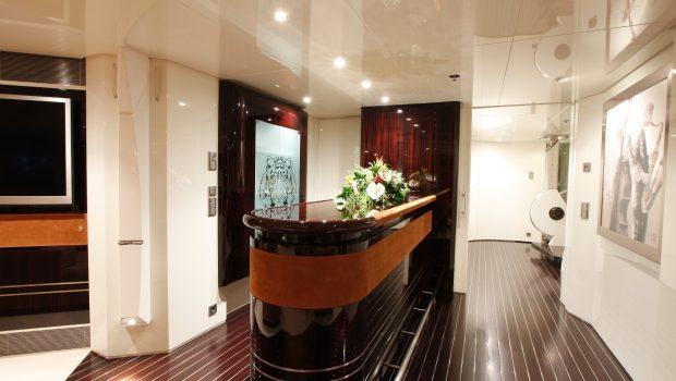 vera motor yacht hall min -  Valef Yachts Chartering - 1479