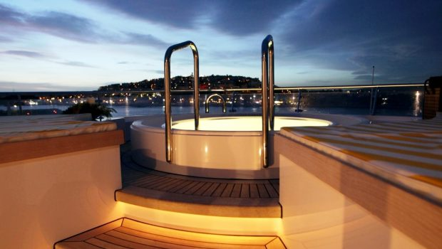vera motor yacht jacuzzi min -  Valef Yachts Chartering - 1478